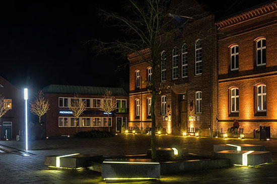 Schöne Beleuchtung am Rathaus